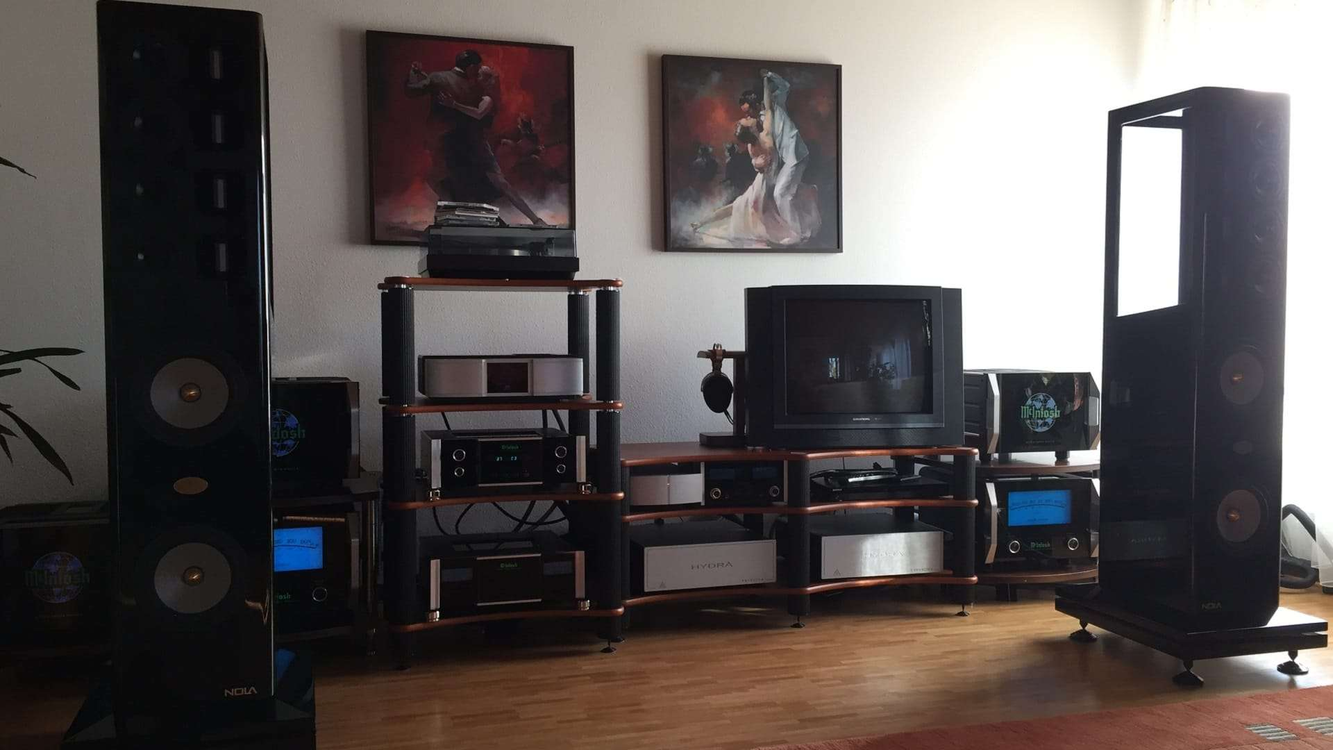 audio-art-galleries-high-end-system_home